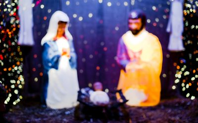Five Loving Ways to Keep Christ in Christmas